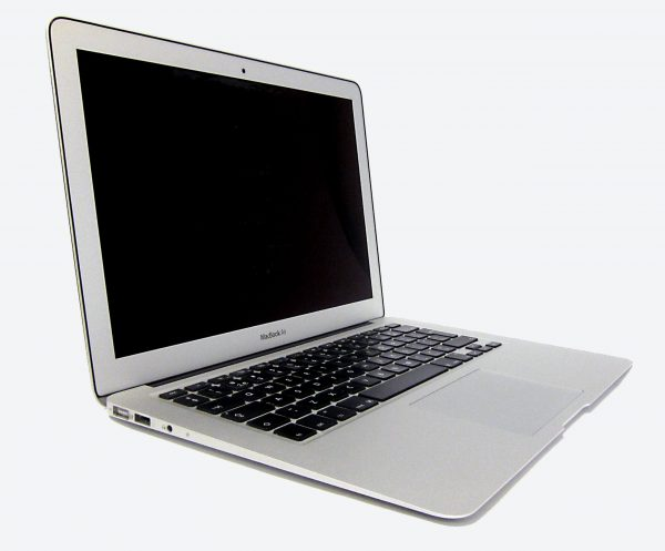 macbook_air_2011_front