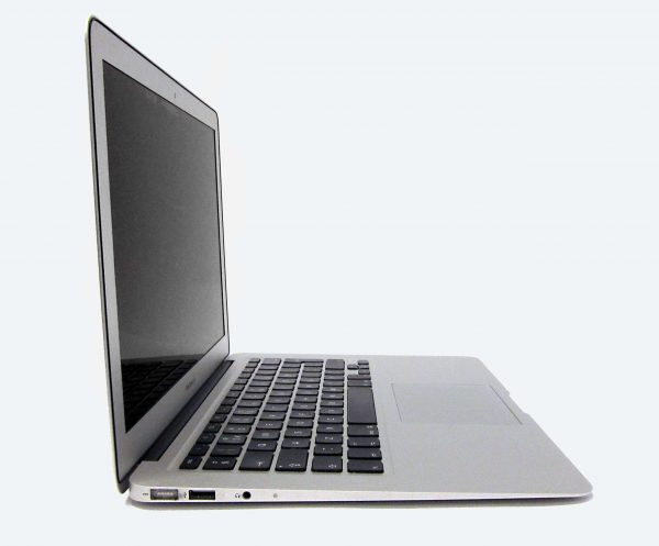 macbook_air_2011_side